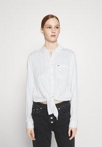 Tommy Jeans - FRONT KNOT - Button-down blouse - white - 0