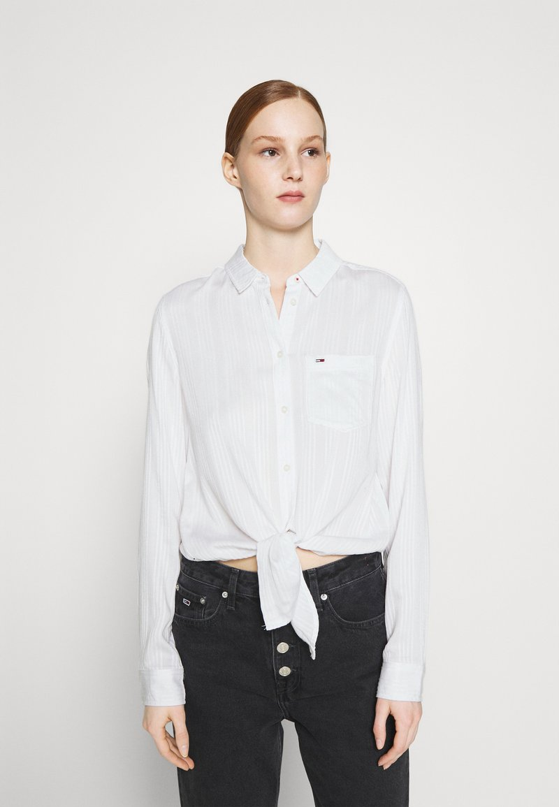 Tommy Jeans - FRONT KNOT - Button-down blouse - white