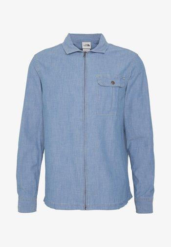 BERKELEY CHAMBRAY  - Shirt - medium indigo chambray
