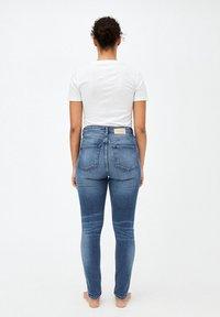 ARMEDANGELS - INGAA - Jeans Skinny Fit - stone wash - 2