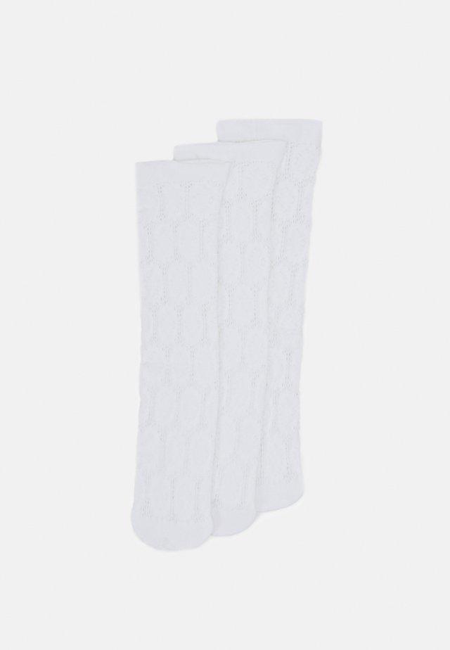 BERRY TRIM - Ponožky - white