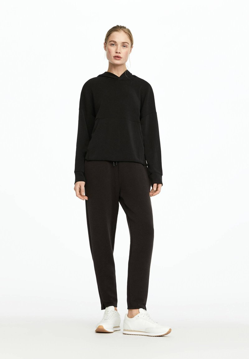 OYSHO - Pantalon de survêtement - black