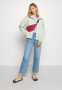 Levi's® - DREW - Summer jacket - bok choy - 1