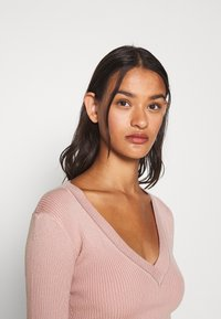 Missguided - NECK BODY - Sweter - pale pink - 3