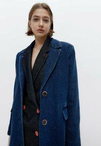Uterqüe - Short coat - blue - 4