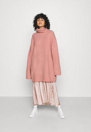 BOOK - Strickpullover - pink