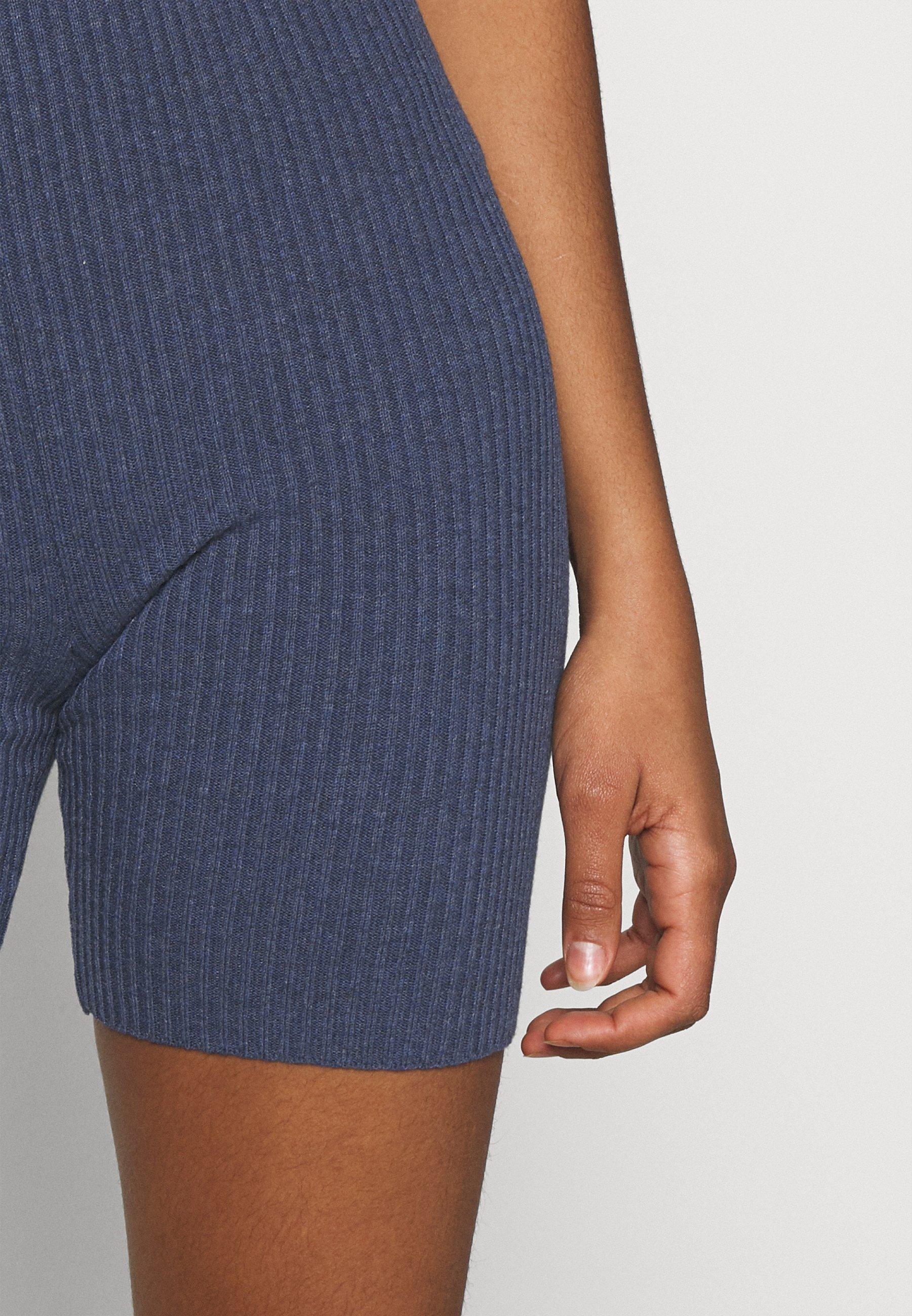 Femme HIGH WAIST  - Short
