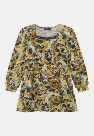 DRESS BAROCCOFLAGE - Jersey dress - nero/oro