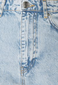 Gina Tricot - DAGNY HIGHWAIST - Relaxed fit jeans - sky blue destroy - 5