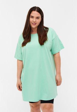 Camiseta básica - lichen