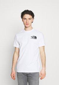 The North Face - COORDINATES TEE - Camiseta estampada - white - 0
