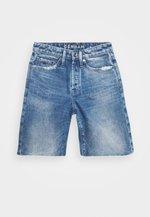 MELROSE BERMUDA OSWEGA - Denim shorts - blue