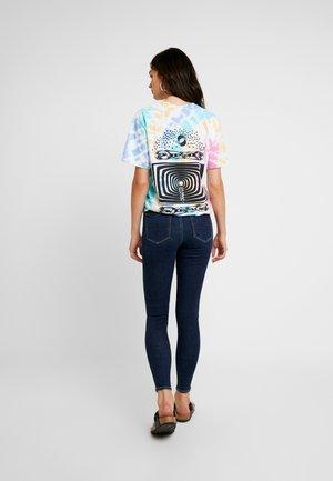 CURVY SUPER HI RISE JEGGING - Jeans Skinny Fit - after midnight
