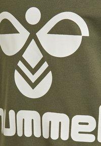 Hummel - DOS UNISEX - Sweater - ivy green - 2