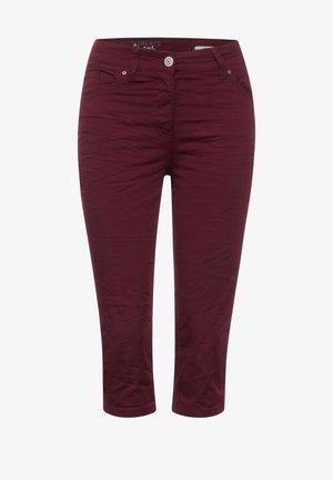 SLIM FIT - Shorts - rot