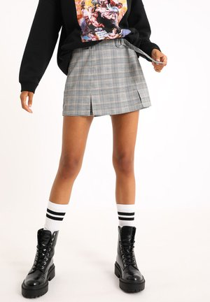 KARIERTER - Shorts - beige