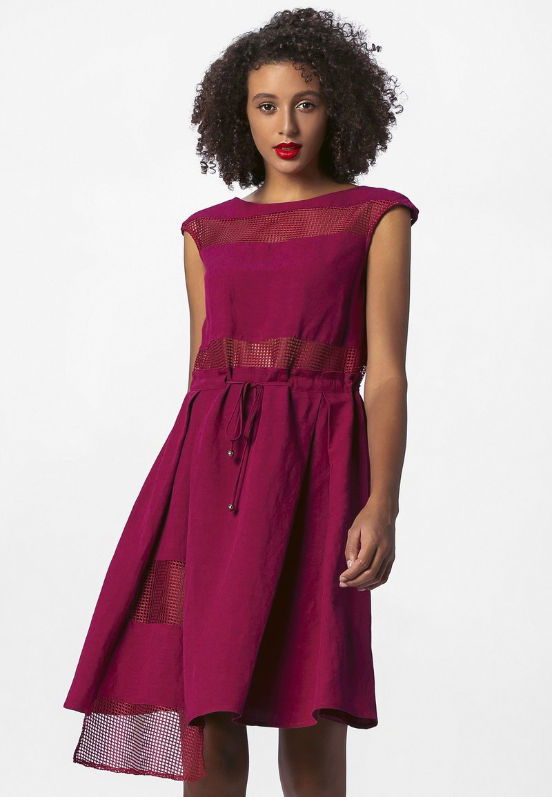 Apart - Robe d'été - berry