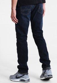 Wrangler - GREENSBORO - Straight leg jeans - el camino - 2