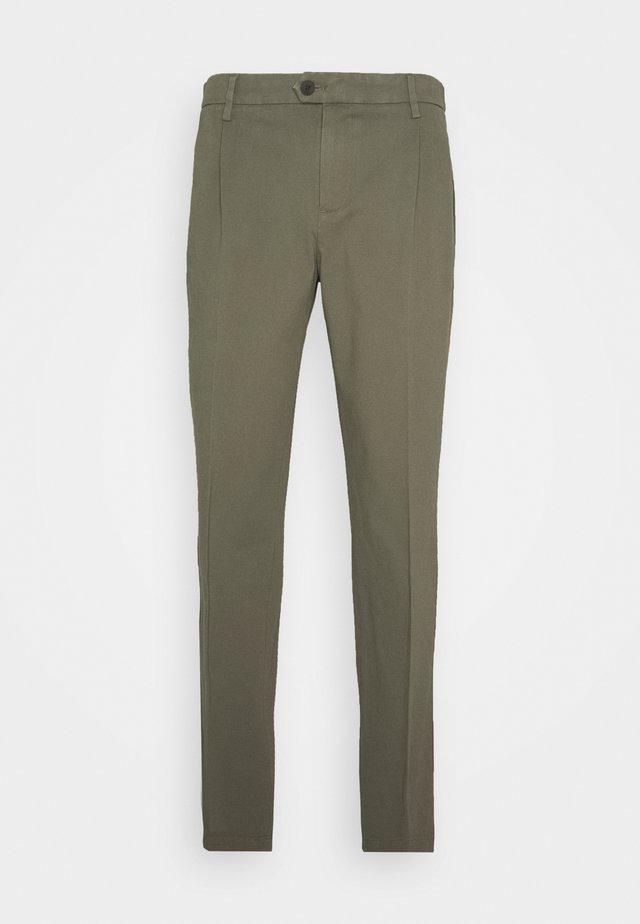 SMART FLEX  - Pantalones chinos - camo