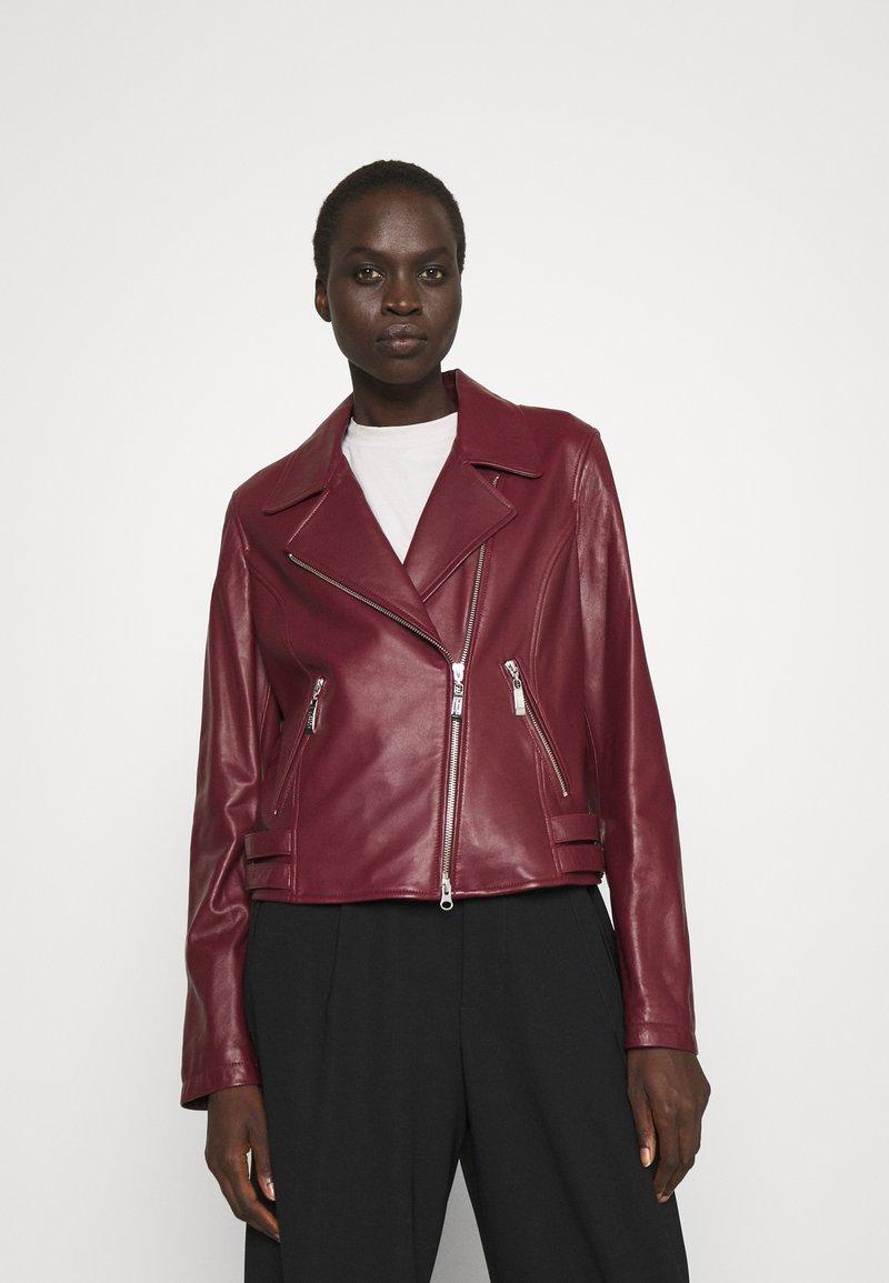 Steffen Schraut - RANCHERA LUXURY BIKER JACKET - Leather jacket - cranberry
