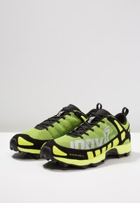Inov-8 - X-TALON CLASSIC - Chaussures de running - yellow/black - 2