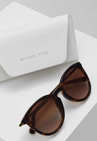 Michael Kors - CHAMONIX - Sluneční brýle - dark tort - 2