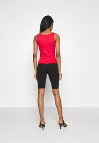 KENDALL + KYLIE - BASIC SLEEVELESS - Top - red - 2