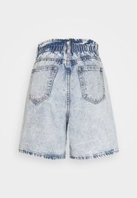 Missguided - PLEAT WAIST BAND HIGHWAISTED - Shorts di jeans - vintage - 1