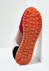 Pepe Jeans - VERONA - Zapatillas - burnt rot - 4