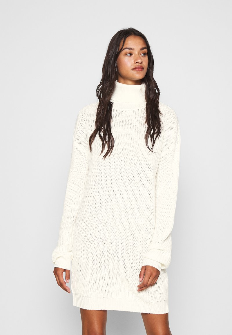 Missguided - ROLL NECK BASIC DRESS - Gebreide jurk - off white