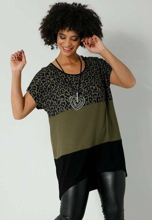 Print T-shirt - khaki schwarz