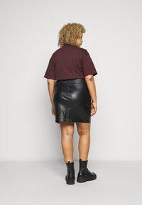 Noisy May Curve - NMLISSY SHORT SKIRT - Mini skirt - black - 2