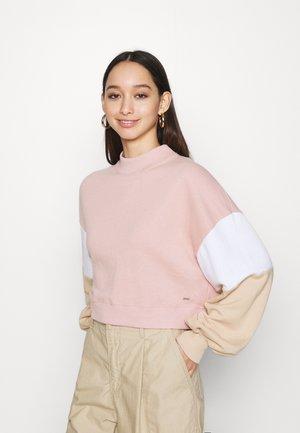 COLOR BLOCK CREW  - Bluza - pink