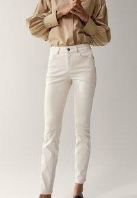 Massimo Dutti - Jeans Skinny Fit - white - 0