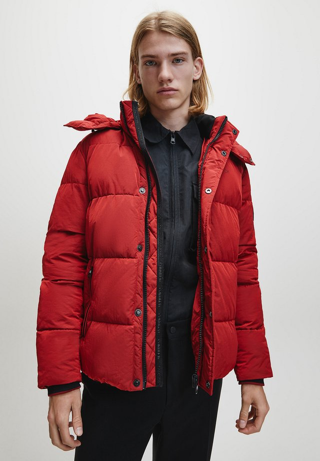 CRINKLE  - Winter jacket - racing red