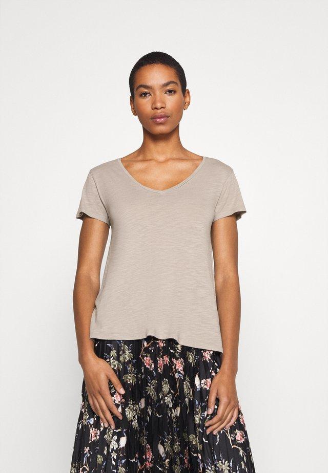 JACKSONVILLE - Basic T-shirt - gres vintage