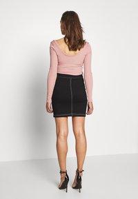 Ivyrevel - FRONT ZIP SKIRT - Pouzdrová sukně - black - 2