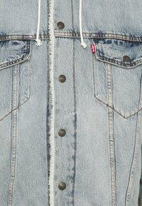 Levi's® - HOODED SHERPA TRUCKER UNISEX - Light jacket - overpass - 2