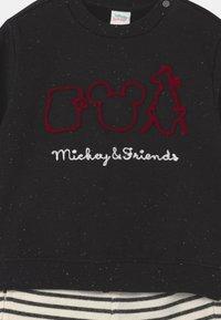 OVS - MICKEY FRIENDS SET - Tepláková souprava - black bean - 3