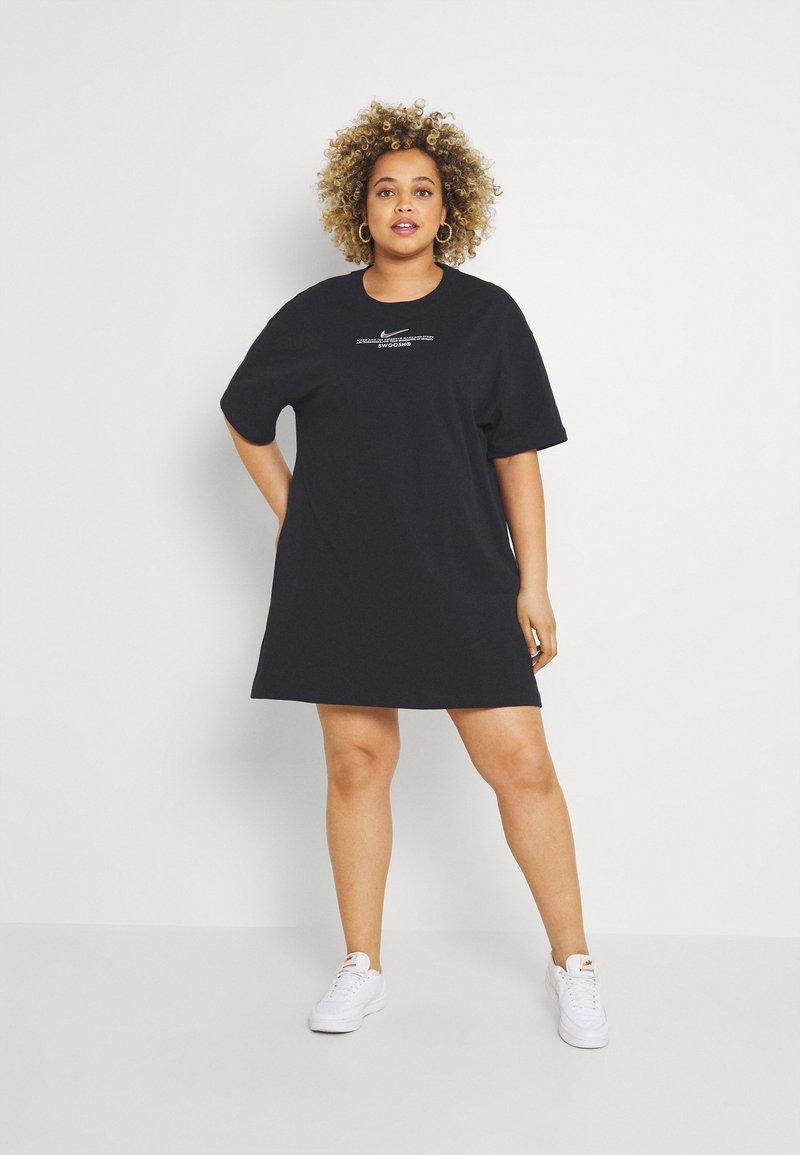 Nike Sportswear - Vestido ligero - black/white