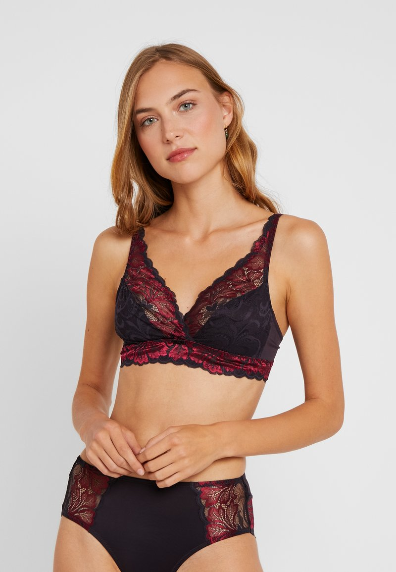 Triumph - AMOURETTE CHARM XMAS - Brassière - red dark combination