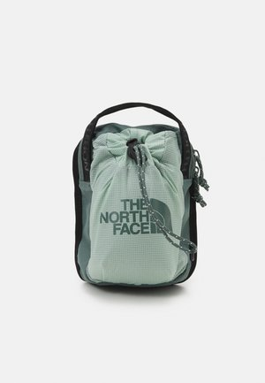 BOZER CROSS BODY UNISEX - Across body bag - jadeite green/balsam green