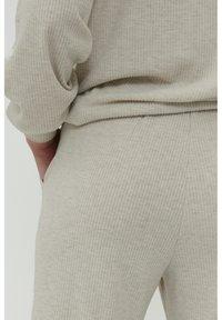 ICHI - KYLA - Pantaloni - oatmeal melange - 4