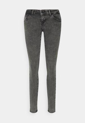 ONLCORAL LIFE POWER BOX - Jeans Skinny - grey denim