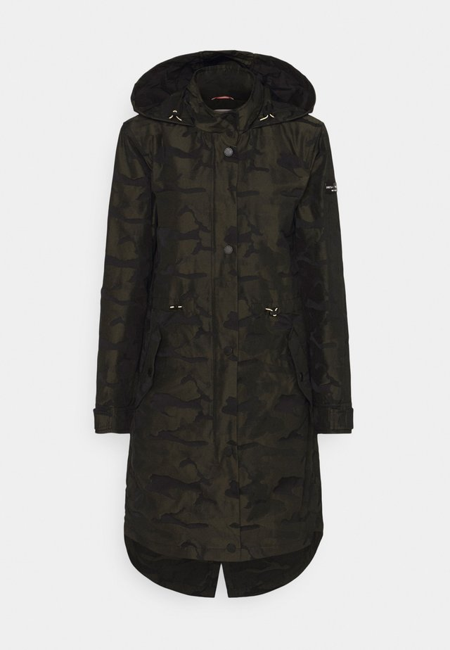Parka - black over green