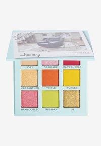 Makeup Revolution - REVOLUTION X FRIENDS JOEY EYESHADOW PALETTE - Eyeshadow palette - multi - 0