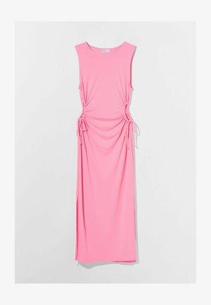 MIT CUT-OUTS AN DER SEITE - Žerzejové šaty - pink