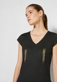 Elisabetta Franchi - Basic T-shirt - nero - 4