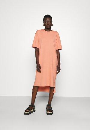 DRESS - Jerseyjurk - powder pink