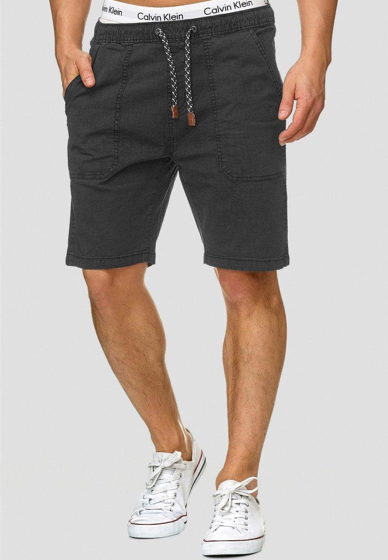 INDICODE JEANS - Shorts - black